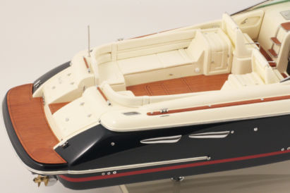 MAQUETTE CHRIS CRAFT CORSAIR 36 foto 2