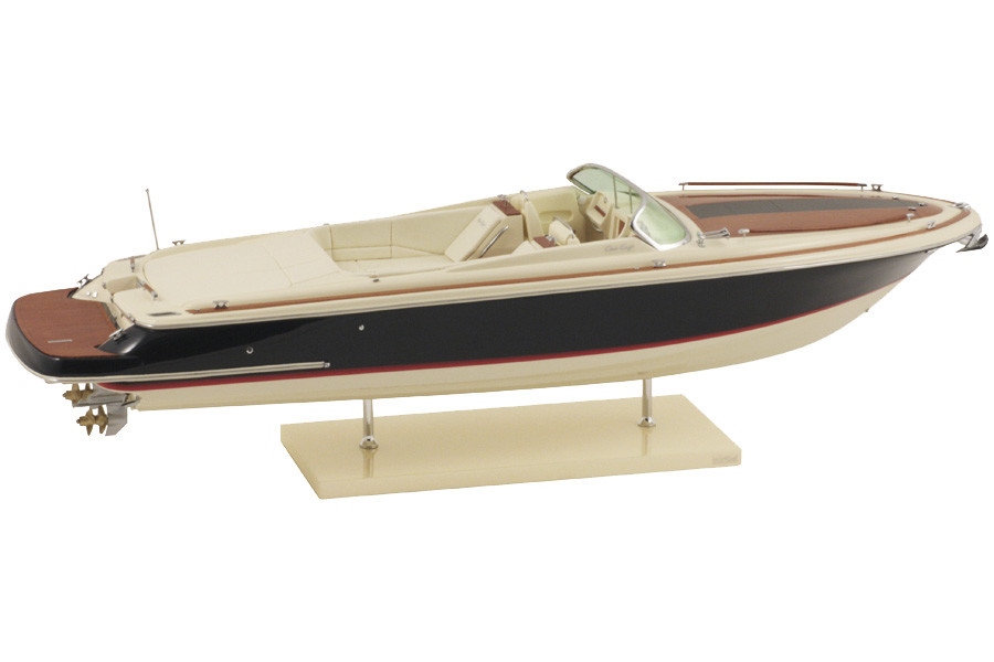 MAQUETTE CHRIS CRAFT CORSAIR 32
