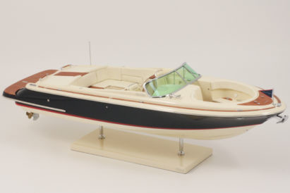 MAQUETTE CHRIS CRAFT LAUNCH 28 foto 2