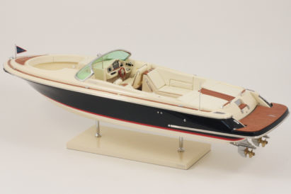 MAQUETTE CHRIS CRAFT LAUNCH 28 foto 3